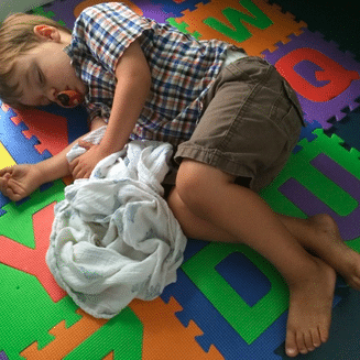Kid: please sleep while I build the best daddy diaper bag